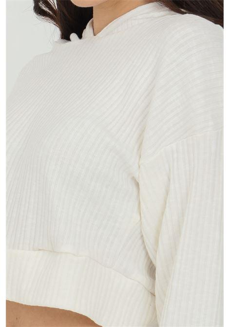 Felpa con cappuccio in tessuto a costine GLAMOROUS | Top | SA0238WHITE