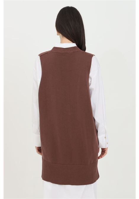 Brown gilet with V-neck and ribbed hems. Asymmetrical cut. Kontatto KONTATTO | Gilet | 3M723713