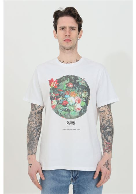 White relax fit t-shirt with vintage flower print on the font, short sleeve. Over size model. Levi's  LEVI'S | T-shirt | 22491-08250825