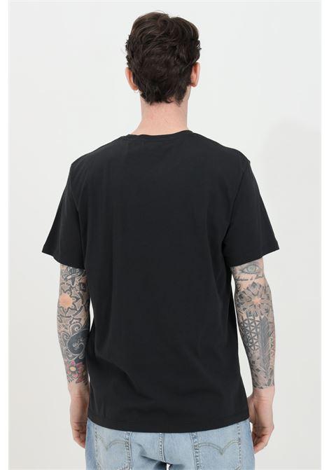 Black t-shirt with hummingbird print, short sleeve. Comfortable model. Levi's LEVI'S | T-shirt | 22491-08300830