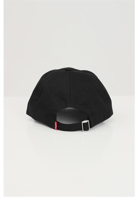 Black cap with tone on tone logo. Levi's LEVI'S | Hat | 233056-00006059