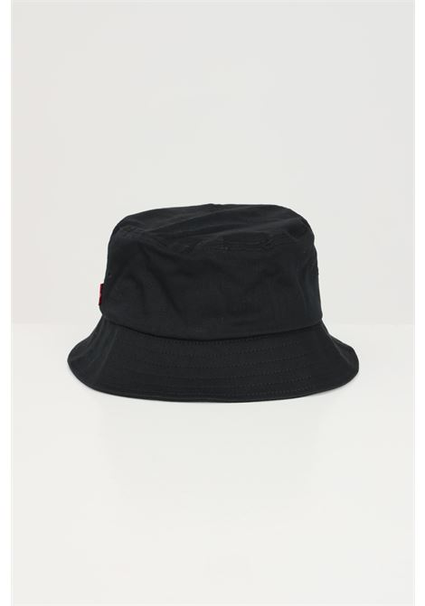 Black bucket with contrasting logo on the front. Levi's LEVI'S | Hat | 233080-00006059