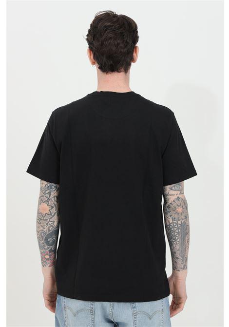 T-shirt uomo nero levi's a manica corta in tinta unita con logo frontale a contrasto. Modello comodo LEVI'S   T-shirt   56605-00090009