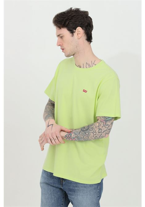 Lime t-shirt in solid color with contrasting logo on the front. Comfortable model. Levi's LEVI'S | T-shirt | 56605-00660066
