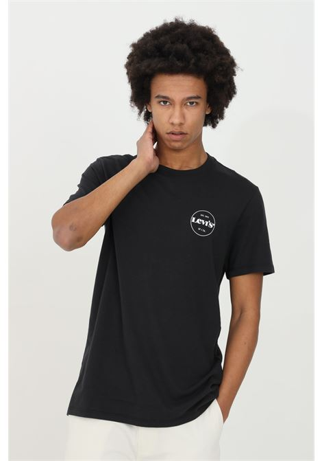 Black perf graphic with short sleeves. Comfortable model with front logo print. Levi's  LEVI'S | T-shirt | 67983-00140014