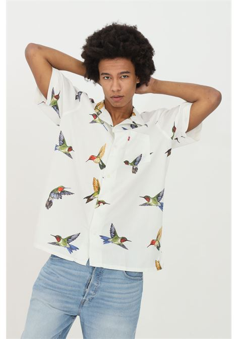 Bird's LEVI's short sleeve closure with front pocket buttons.  LEVI'S | Shirt | 72625-00330033