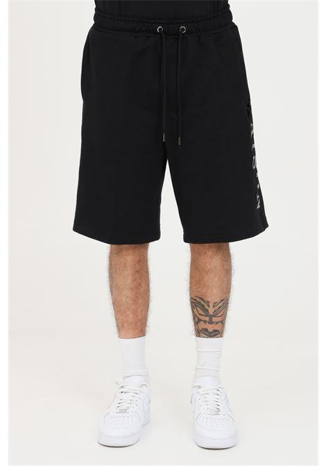 Black casual shorts with tone on tone logo lettering. Maison 9 paris MAISON 9 PARIS   Shorts   M9S5065NERO-NERO