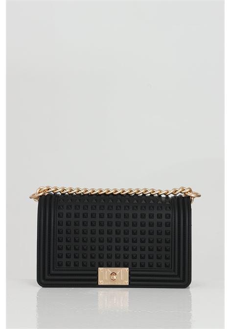 Black bag with gold chain shoulder strap, pyramid studs. Closure with swivel hook. Marc ellis MARC ELLIS | Bag | FLAT-M-SPIKENERO-ORO