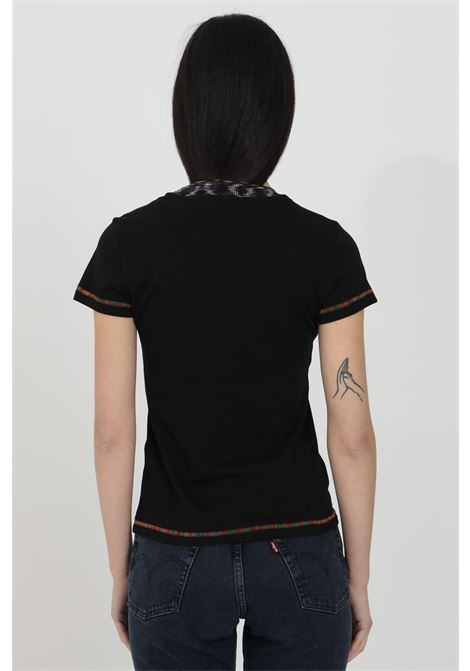 Black t-shirt with short sleeves and embroidered logo on the front. Multicolor embroidered hems. Slim fit model. Missoni MISSONI | T-shirt | 2DL00088-2J002U93911