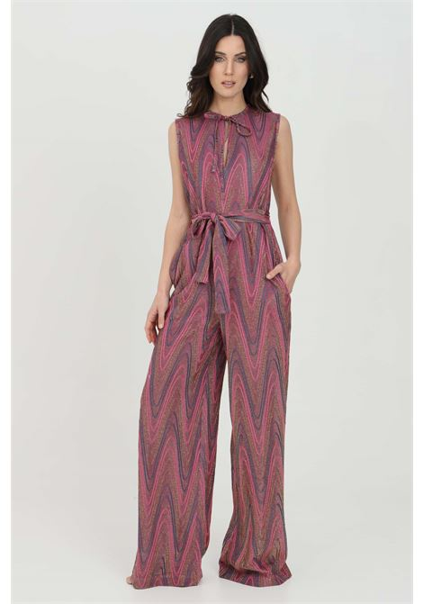 Purple jumpsuit in knit with chevron pattern, drop opening on the front with drawstring, belt matched at the waist and concealed zip closure on the back. Missoni MISSONI | Suit | 2DO00053-2J0051L302N