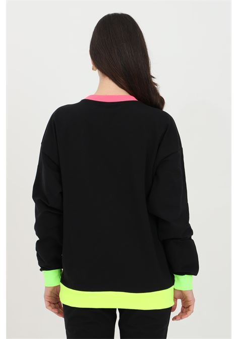 Felpa donna nera moschino a girocollo con logo neon frontale. Modello comodo con orli a costine e fondo elastico MOSCHINO | Felpe | A170123170555