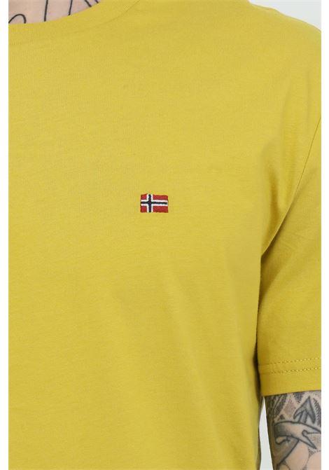 T-shirt girocollo con logo in dimensioni ridotte sul fronte NAPAPIJRI | T-shirt | NP0A4EW8YA91YA91