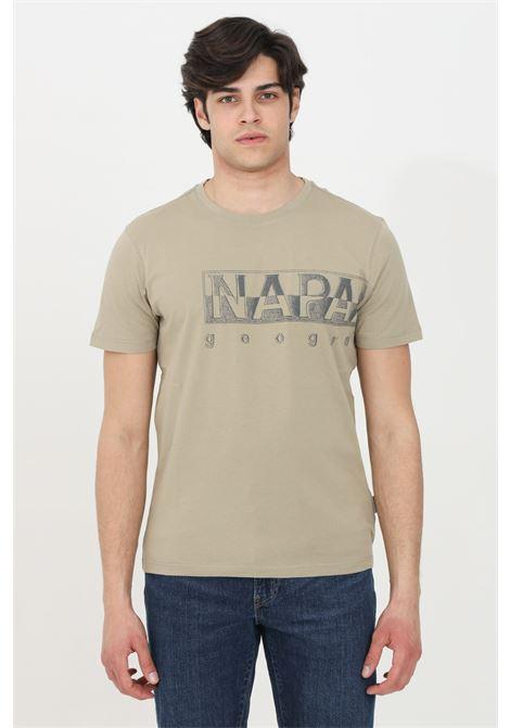 Sand sallar logo t-shirt with logo print on the front, short sleeve. Ribbed crew neck. Napapijri NAPAPIJRI | T-shirt | NP0A4F9NG5L1G5L1