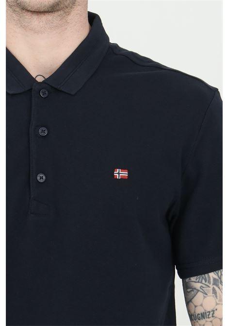Polo uomo blu napapijri modello basic con bottoni e mini logo frontale. Regular fit NAPAPIJRI | Polo | NP0A4FA317611761