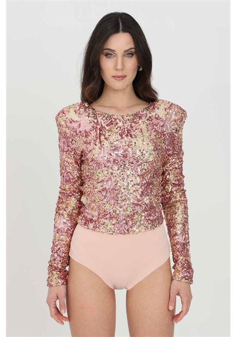 Body donna rosa multicolor nbts elegante a manica lunga con paillettes. Chiusura con ganci, modello slim NBTS | Body | NB21057.