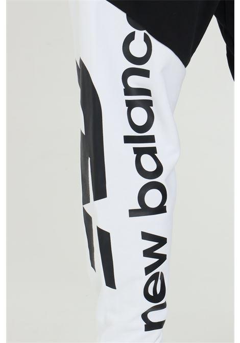Pantaloni uomo neri new balance con maxi stampa NEW BALANCE | Pantaloni | MP11509BM..