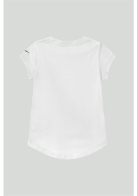White T-shirt with maxi logo on the front. Baby model. Brand: Nike NIKE | T-shirt | 36H398-0011