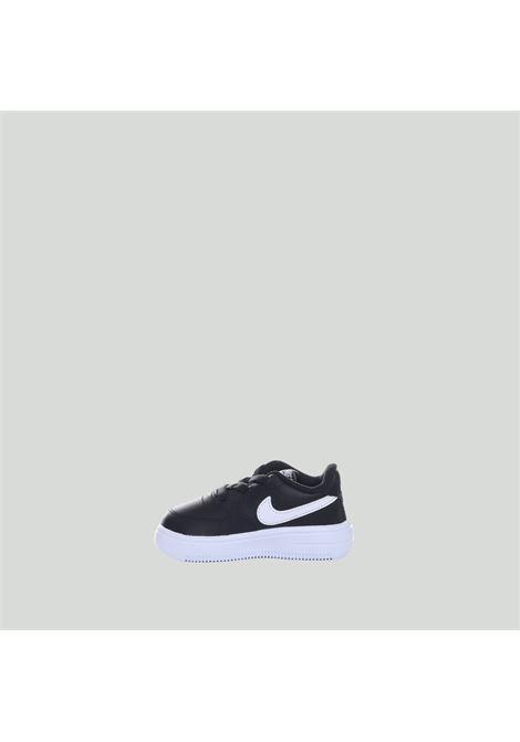 NIKE | Sneakers | 905220002