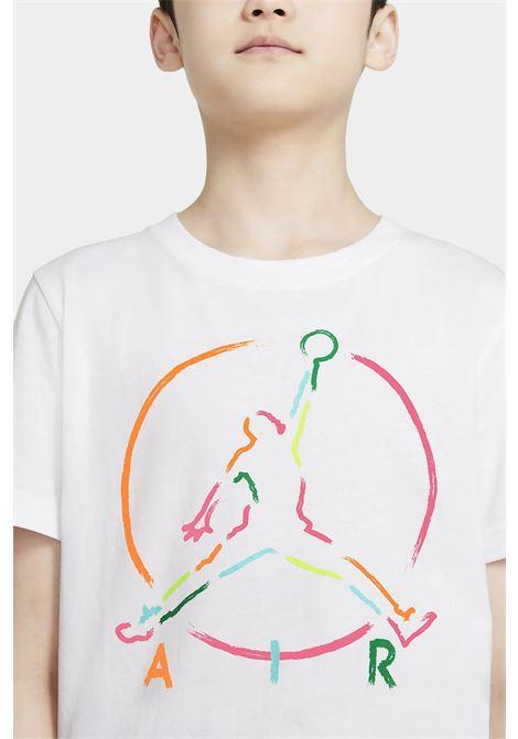T-shirt bambino/a bianco nike-jordan con maxi logo frontale NIKE | T-shirt | 95A563-0011