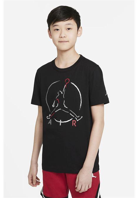 T-shirt bambino/a nero nike-jordan con maxi logo frontale NIKE | T-shirt | 95A563-02323