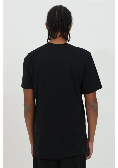 T-shirt uomo nero nike a manica corta con stampa frontale NIKE   T-shirt   AR5006011