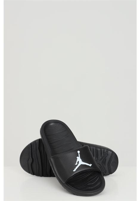 Black slippers with front logo in contrast. Unisex model. Brand: Nike-Jordan NIKE | Slipper | CD5472010
