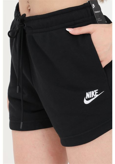 Shorts donna nero nike sport NIKE | Shorts | CJ2158010