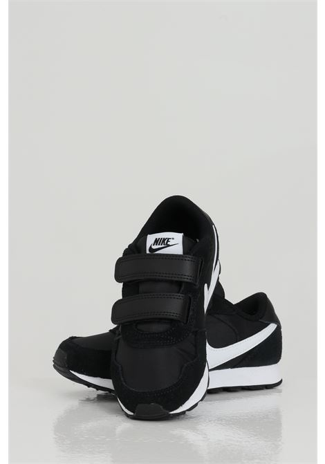 Sneakers MD VALIANT PS JR. Black sneakers with contrasting logo. Baby model. Brand: Nike NIKE | Sneakers | CN8559002