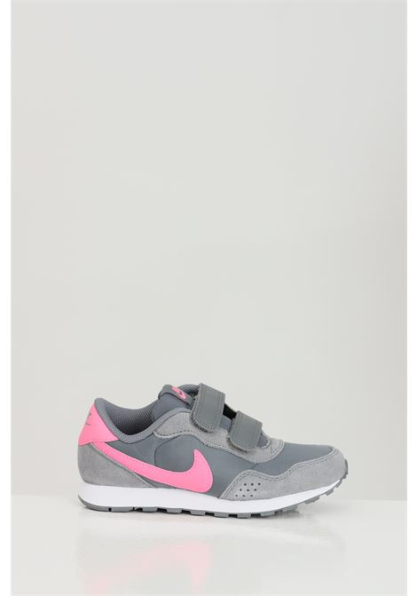 Sneakers MD VALIANT PS JR. Grey sneakers with contrasting logo. Baby model. Brand: Nike NIKE | Sneakers | CN8559011