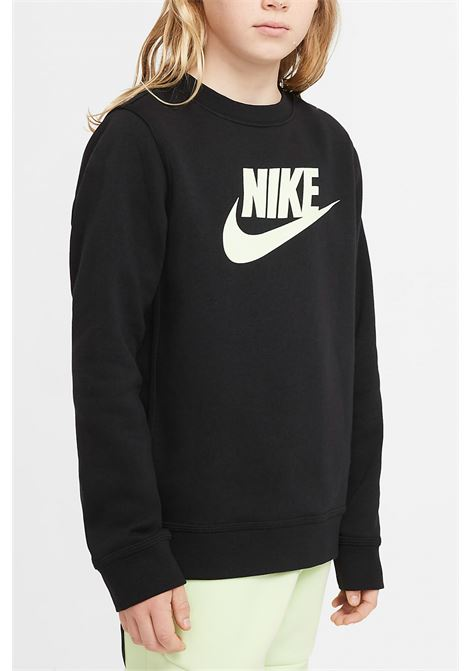 Black club crew sweatshirt with contrasting logo. Baby model. Brand: Nike NIKE | Sweatshirt | CV9297013