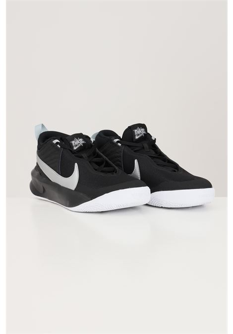 Sneakers donna bicolore nike team hustle d10 NIKE | Sneakers | CW6735004