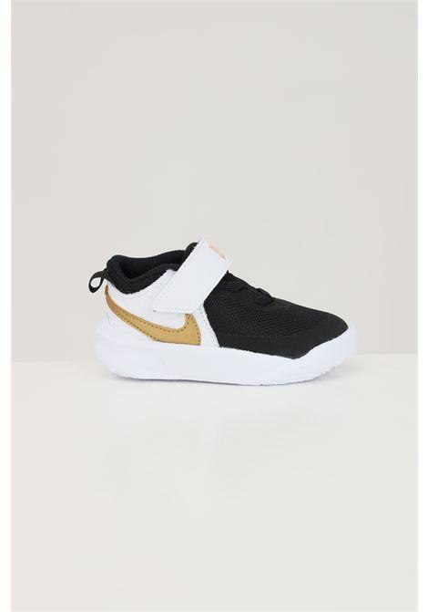 Sneakers neonato tinta unita nike team hustle d 10 NIKE | Sneakers | CW6737002