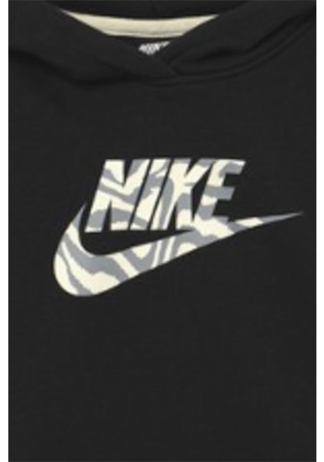 Felpa bambina nera Nike con cappuccio e maxi logo animalier frontale NIKE | Felpe | DC9763010