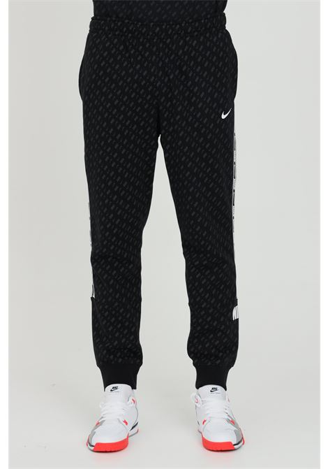Repeat Pack - Joggers con fondo elasticizzato NIKE   Pantaloni   DD3776010