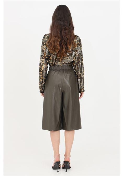 Green casual pants, short cut. Patrizia pepe PATRIZIA PEPE | Pants | 8L0389-A1DZG507