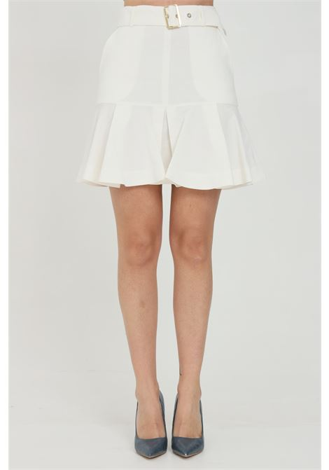 White skirt with waistband and side zip. Wide bottom and flounces. Pinko