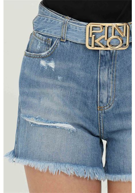 Denim shorts with waistband and gold buckle. Fringed bottom and 5 pockets model. Pinko PINKO | Shorts | 1J10N0-Y649G14