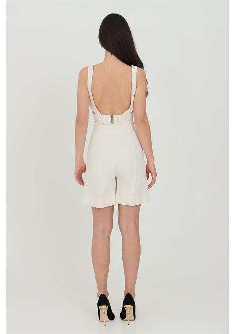 Shorts donna panna simona corsellini elegante ampio con risvolto. Chiusura con bottone e zip, vita con passanti e tasche laterali SIMONA CORSELLINI | Shorts | P21CPSH001-01-TCAD00010359