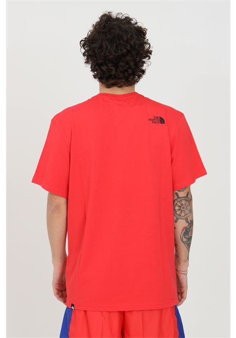 Red t-shirt in solid color woth front logo print in contrast, short sleeve. The north face THE NORTH FACE | T-shirt | NF00CEQ5V331V331