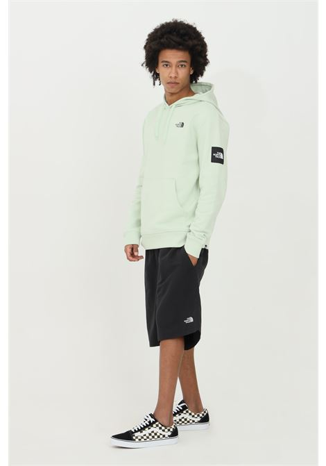 Black shorts in solid color with constrasting logo. Side pokets and back pocket with concealed button. The north face THE NORTH FACE   Shorts   NF00CMA1JK31JK31