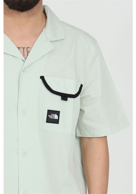 Green black box shirt with front pocket with contrasting logo, regular collar. The north face THE NORTH FACE | Shirt | NF0A4T23V391V391