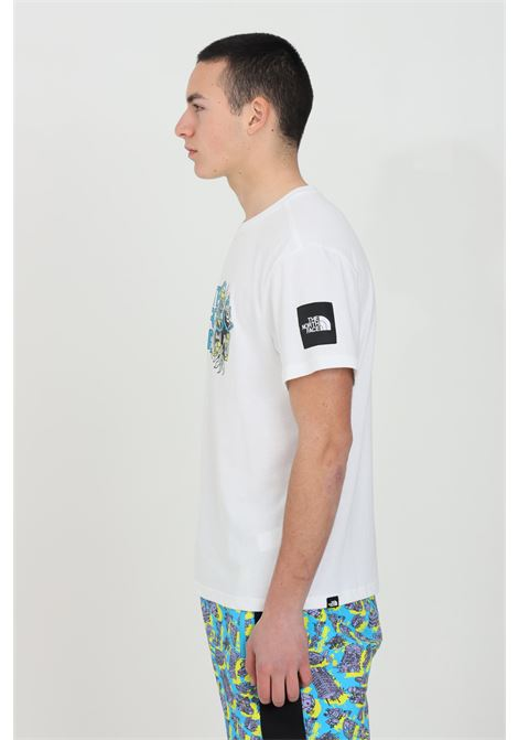 White t-shirt with front print, short sleeve. The north face THE NORTH FACE | T-shirt | NF0A557LFN41FN41