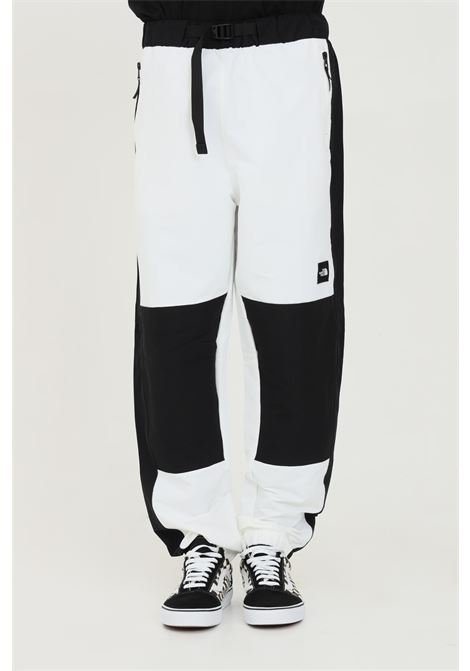 Black-white trousers with belt at the waist and side pockets. Comfortable model. The north face   THE NORTH FACE   Pants   NF0A55BGFN41FN41
