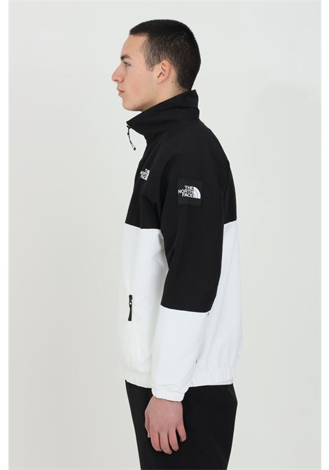 White-black sweatshirt with front zip closure, side pockets and elastic cuffs. The north face THE NORTH FACE | Sweatshirt | NF0A55BTFN41FN41