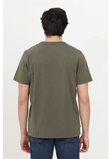 T-shirt uomo verde militare timberland a manica corta modello basic con stampa frontale a contrasto. Relax fit TIMBERLAND | T-shirt | TB0A2C2RA581A581