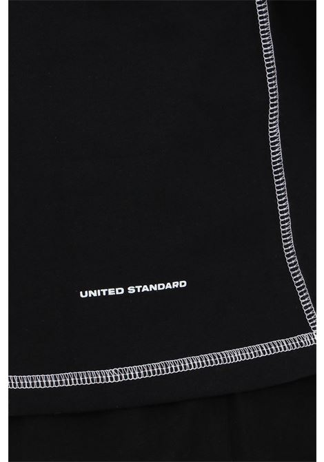 T-shirt with maxi front logo and contrasting finishes UNITED STANDARD | T-shirt | USXMTS10JY10BLK001