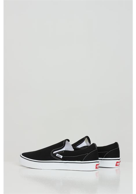 Black classic slip-on without laces. Rubber sole and round toe. Vans VANS | Sneakers | VN000EYEBLK1BLK1
