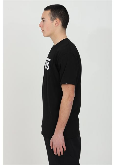 Black Vans Classic t-shirt in solid color with contrasting logo on the front, short sleeve. Vans   VANS | T-shirt | VN000GGGY281Y281