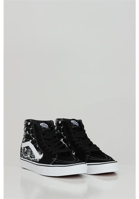 Black Ua Sk8-Hi sneakers with skull print and contrasting logo, closure with laces. Rubber sole. Vans  VANS | Sneakers | VN0A32QGD9S1D9S1