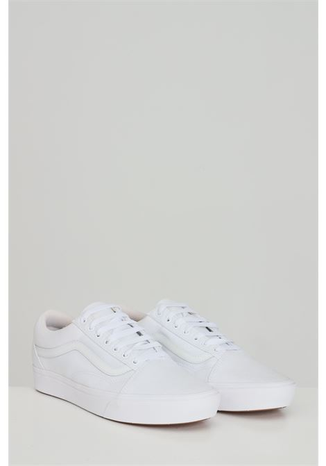 White Comfycush Old Skool sneakers in solid color with tone on tone logo, closure with laces. Vans  VANS | Sneakers | VN0A3WMAVNG1VNG1